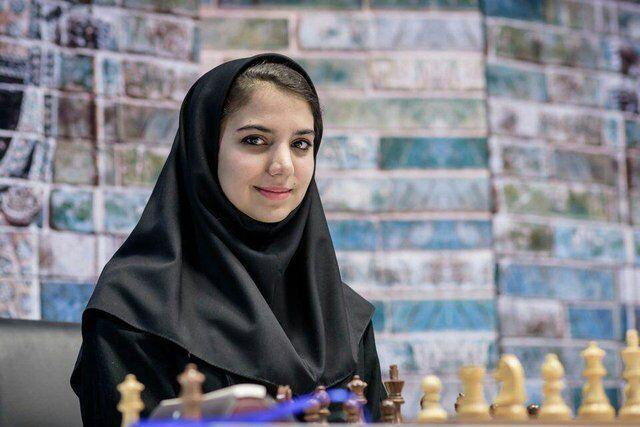 خبرنگاران شطرنج باز روس برابر خادم الشریعه تسلیم شد