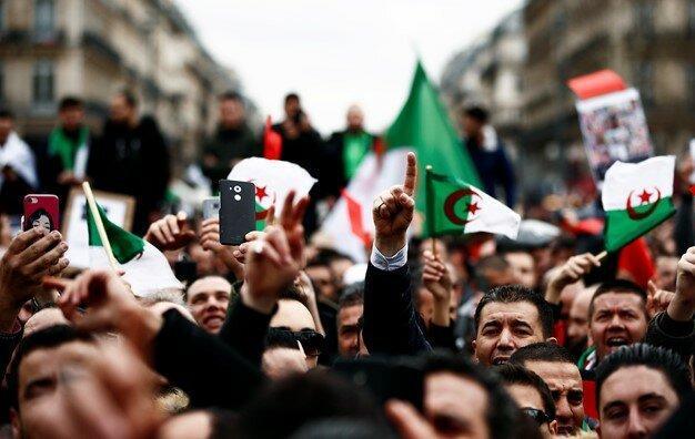 تلاش ها برای ازسرگیری اعتراضات در الجزایر