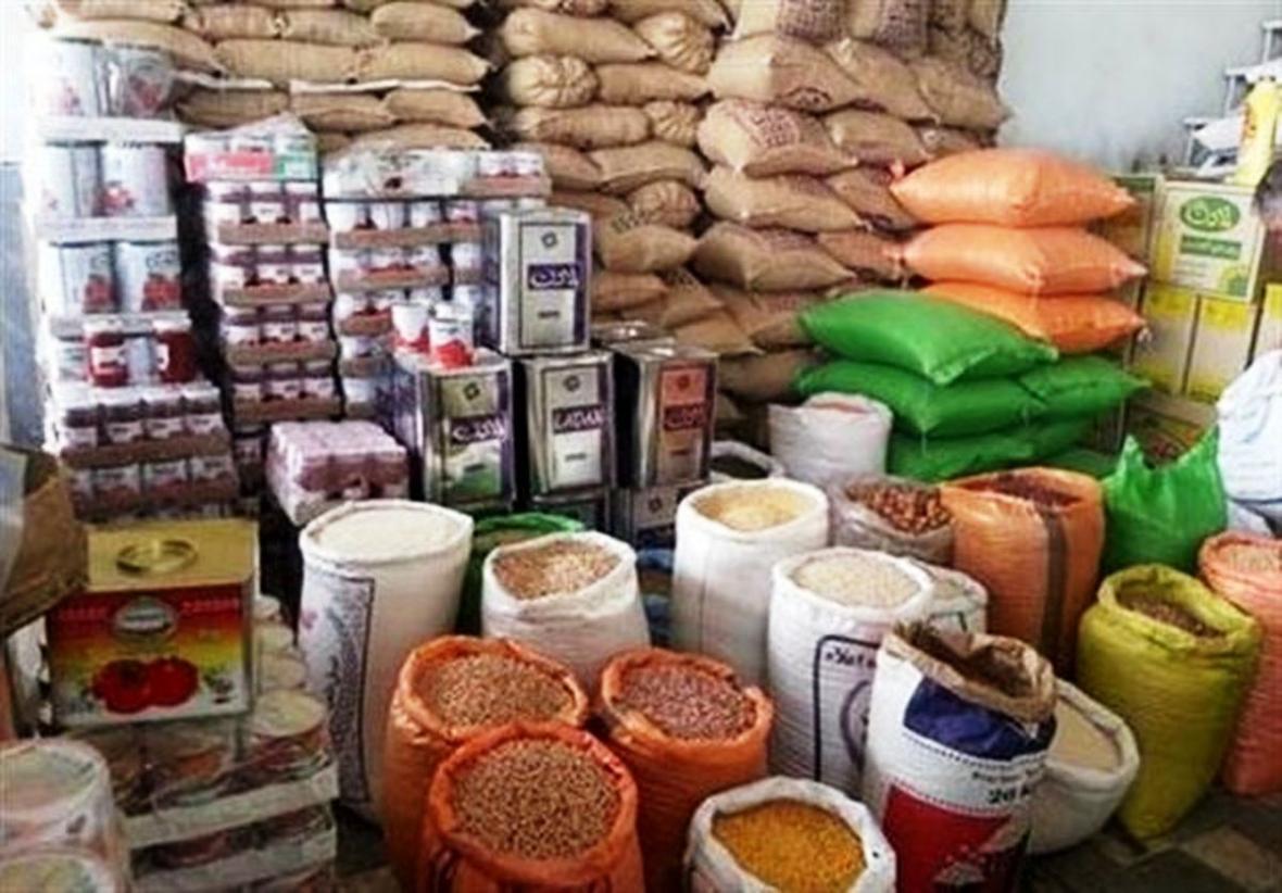 خبرنگاران طرح توزیع اقلام طرح تنظیم بازار در روستاهای پیشوا شروع شد